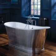 Radison Luxury Polished Aluminium Cast Iron Bath